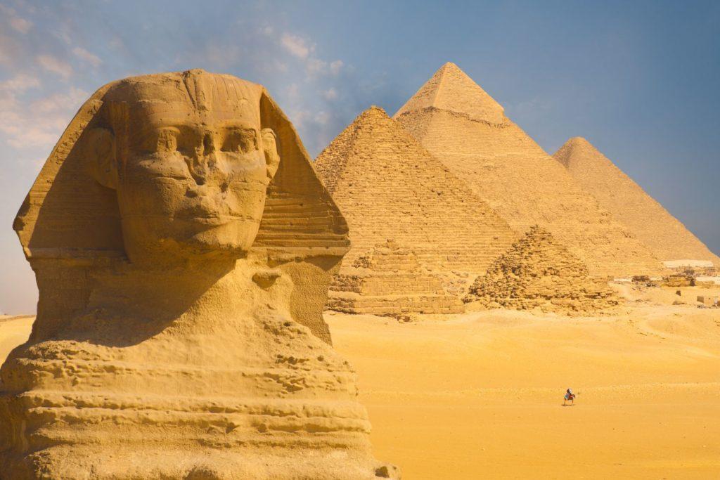Velká sfinga a pyramidy v Gíze v Egyptě | pius99/123RF.com