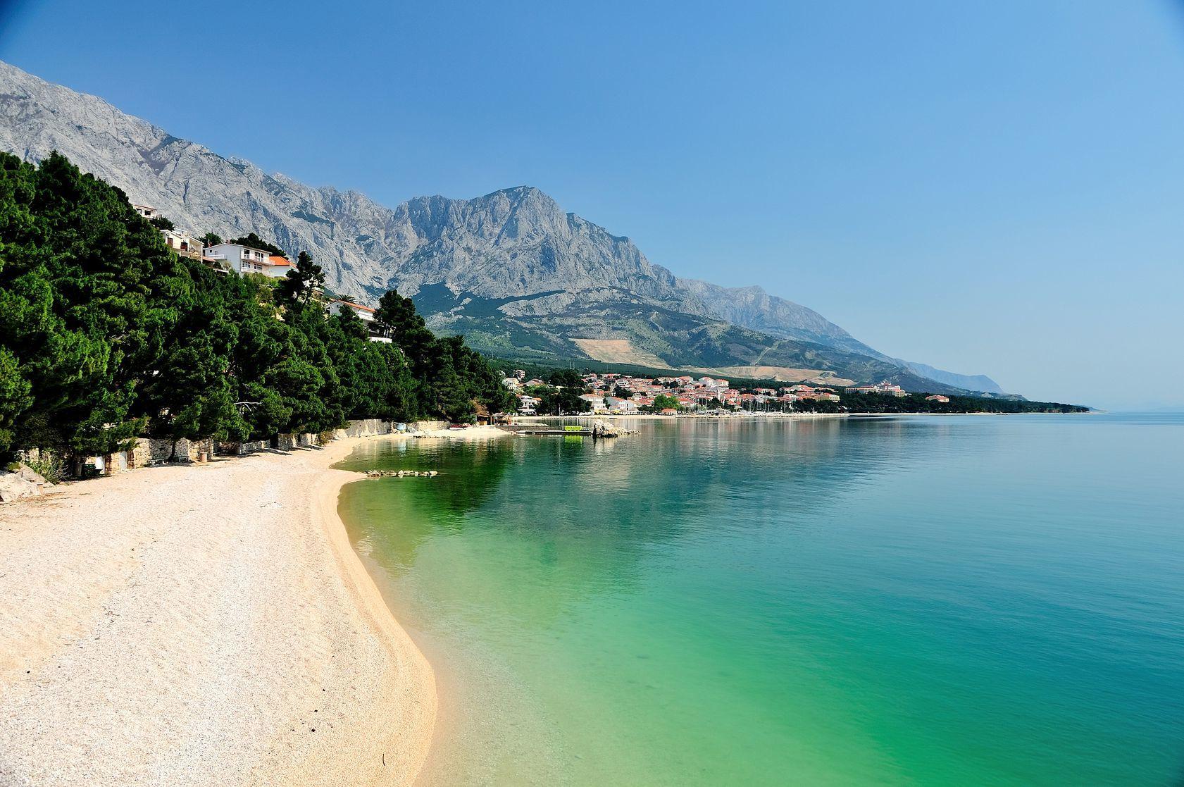 Chorvatská pláž nedaleko města Brela   dalmatianworks123rf/123RF.com