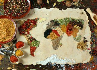 Mapa světa vyrobeny z různých druhů koření | belchonock/123RF.com