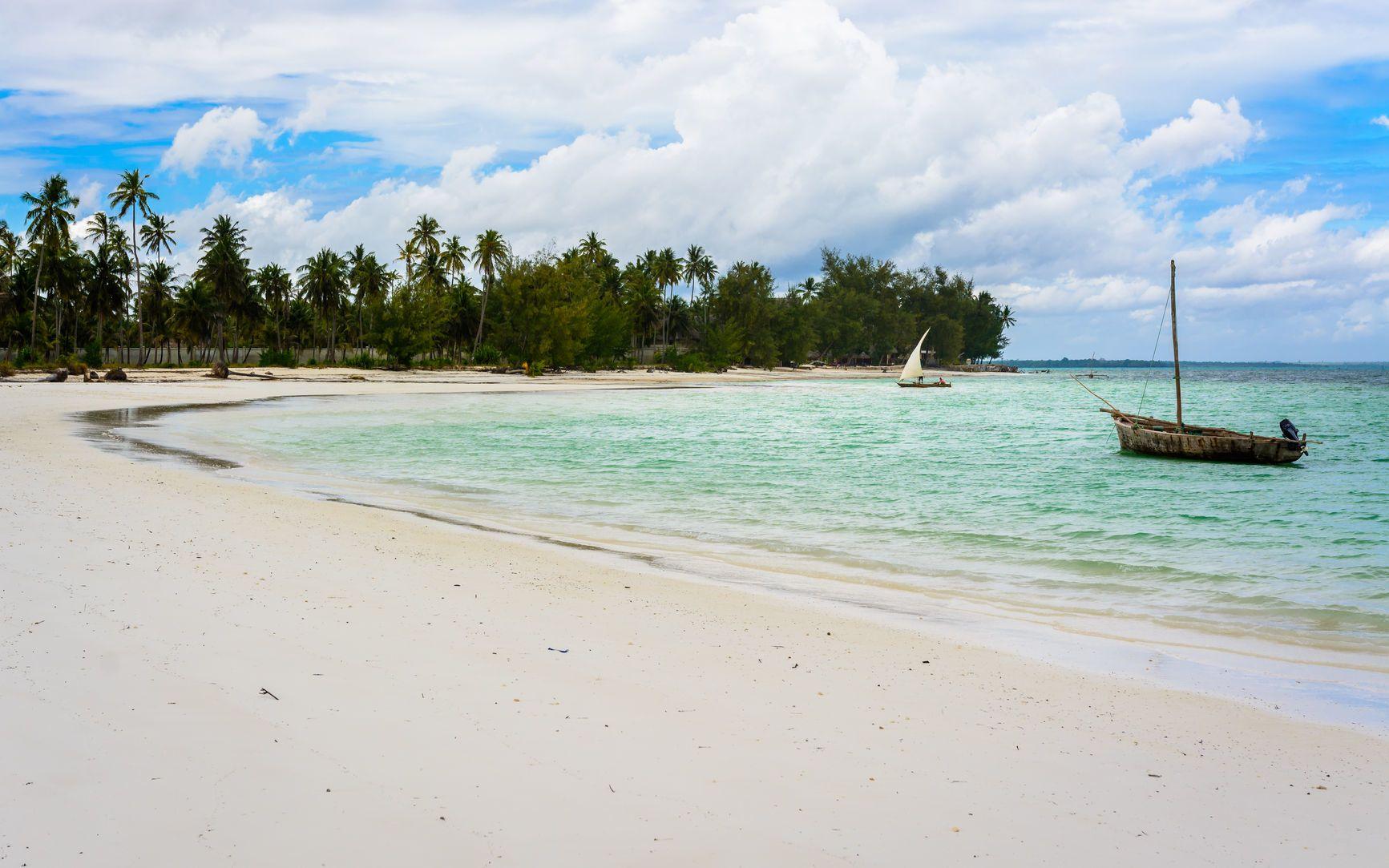 Pláž na Zanzibaru | robik70/123RF.com
