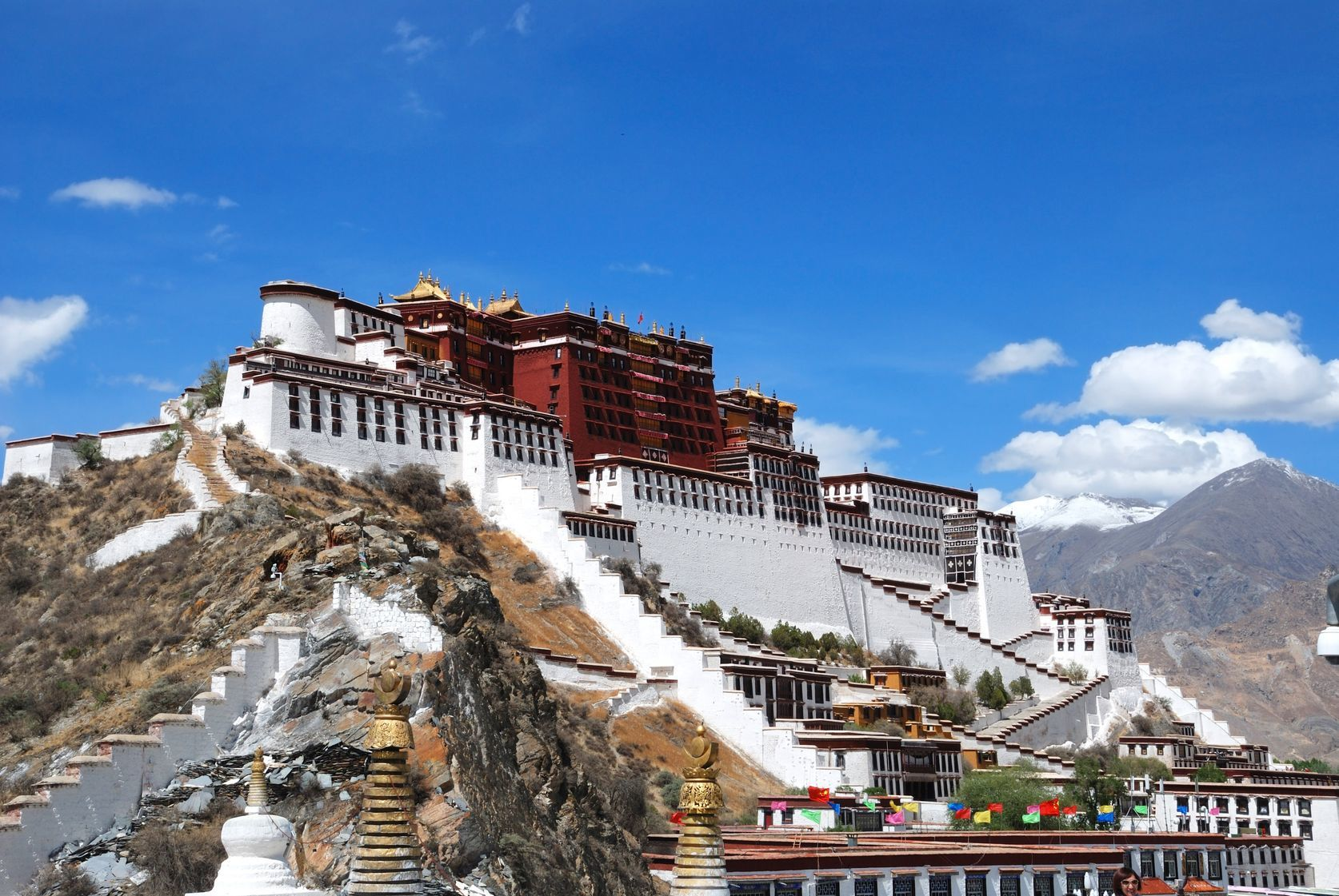 Potala palác ve Lhase   huafeng207/123RF.com