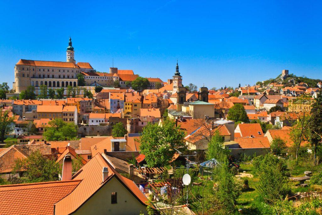 Město Mikulov na jižní Moravě | zechal/123RF.com