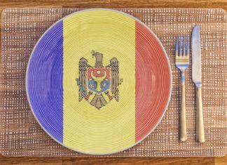Talíř s moldavskou vlajkou | tonygers/123RF.com