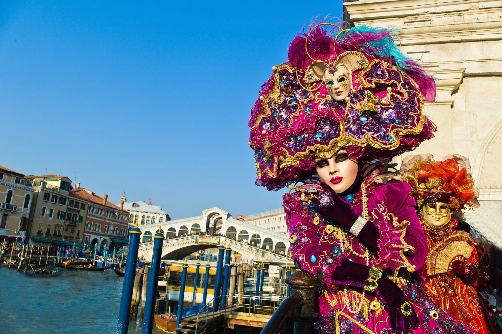 Karneval v Benátkách | ginasanders/123RF.com