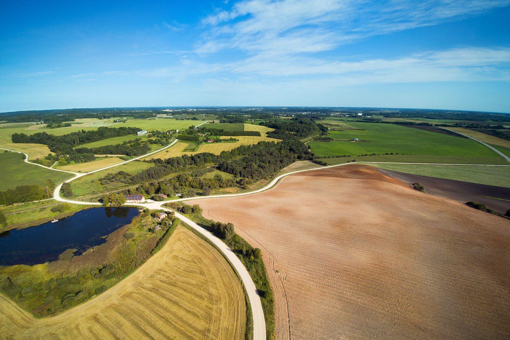 Lotyšská venkovská krajina | janka3147/123RF.com