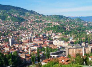 Pohled na Sarajevo | orhancam/123RF.com