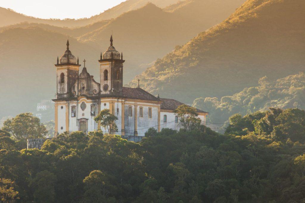Kostel ve městě Ouro Preto | mariusz-prusaczyk/123RF.com