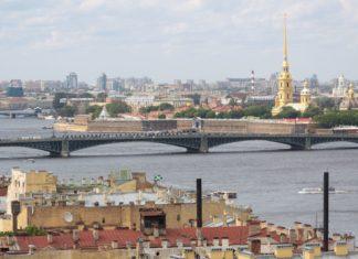 Pohled na Petrohrad | id1974/123RF.com