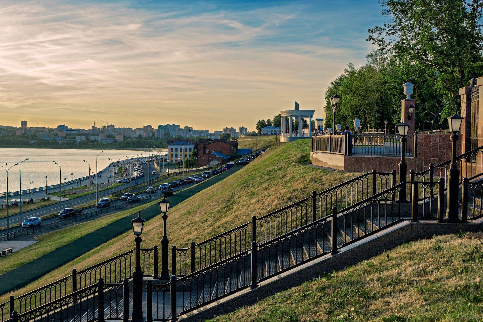 Pohled na nábřeží Iževsku | alxyago/123RF.com