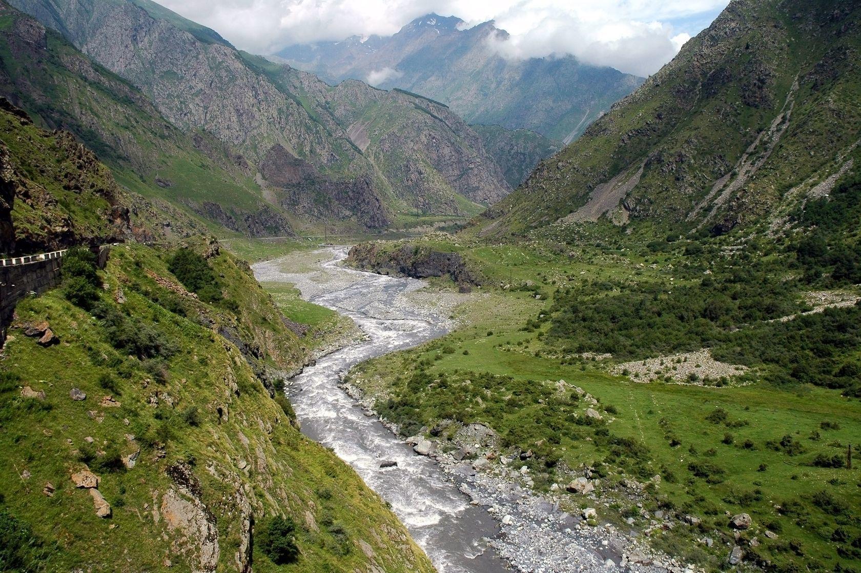 Gruzínská krajina | salajean/123RF.com