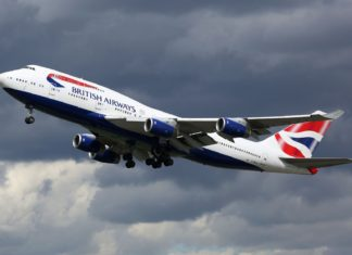 Letadlo společnosti British Airways | boarding1no/123RF.com