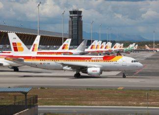 Letadlo společnosti Iberia | boarding1no/123RF.com
