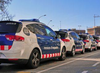 Španělská policejní auta | krasnevsky/123RF.com