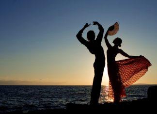 Španělšští tanečníci | mandygodbehear/123RF.com