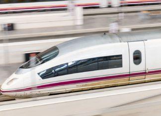 Vysokorychlostní vlak Renfe Ave | herraez/123RF.com
