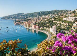 Azurové pobřeží ve Francii | server/123RF.com