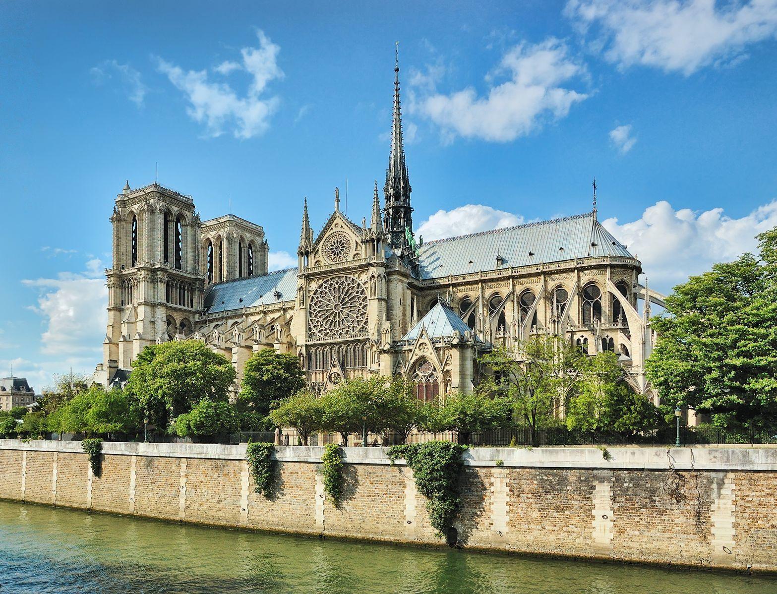 Katedrála Notre-Dame v Paříži | photomaru/123RF.com