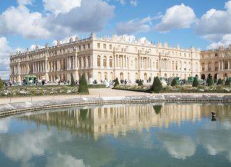 Zámek Versailles u Paříže | thaifairs/123RF.com