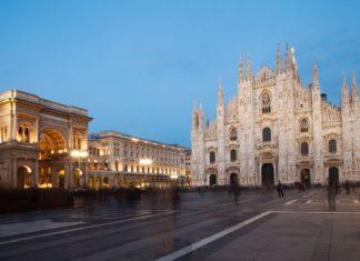 Náměstí Piazza Duomo v Miláně | elisalocci/123RF.com