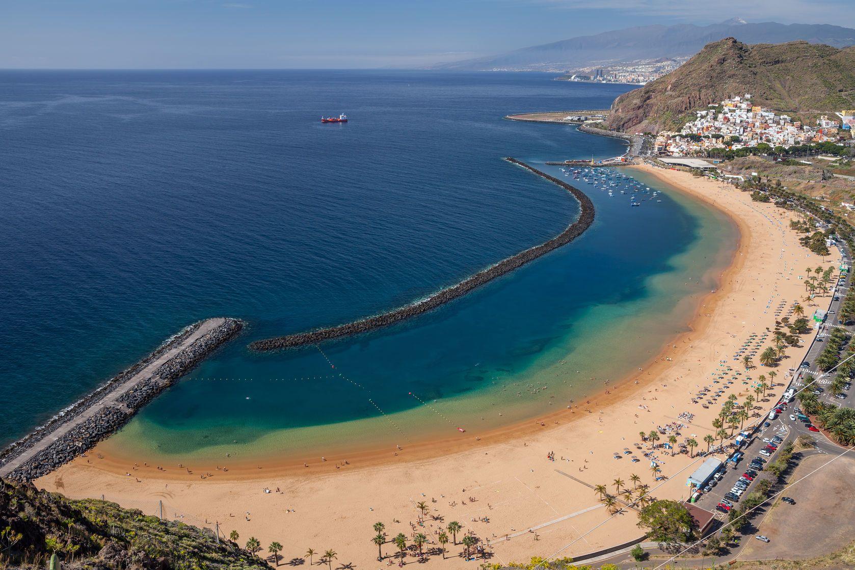 Pláž Teresitas na Tenerife | fotomem/123RF.com