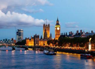Noční panorama Londýnu | anshar/123RF.com