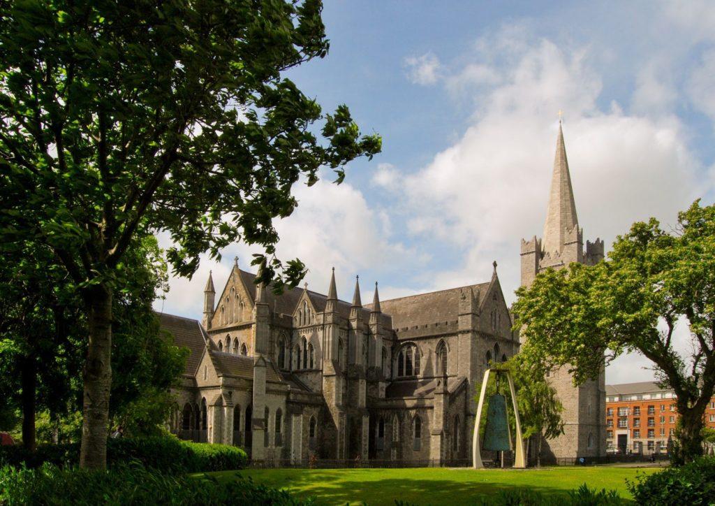 Katedrála svatého Patrika v Dublinu | neuartelena/123RF.com