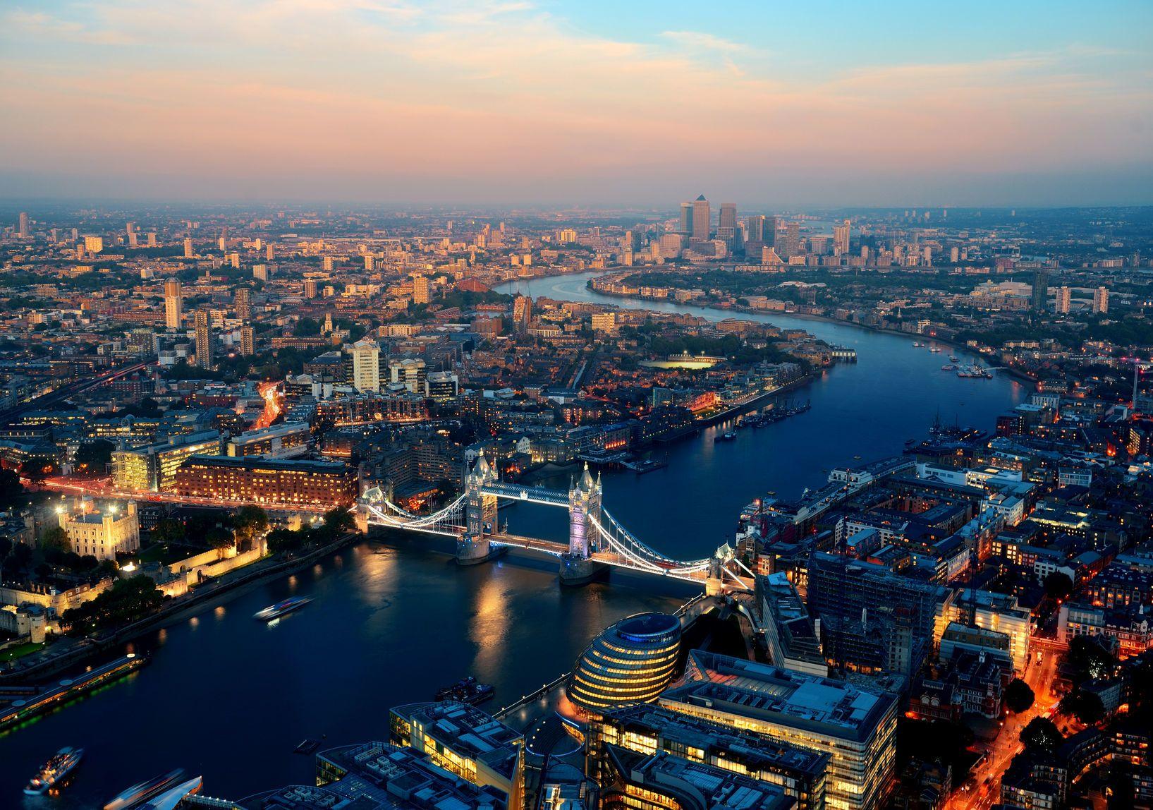 Letecký pohled na Londýn | rabbit75123/123RF.com