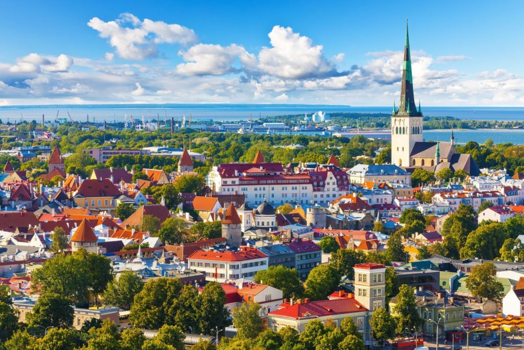 Panorama Starého Města v Tallinnu | scanrail/123RF.com