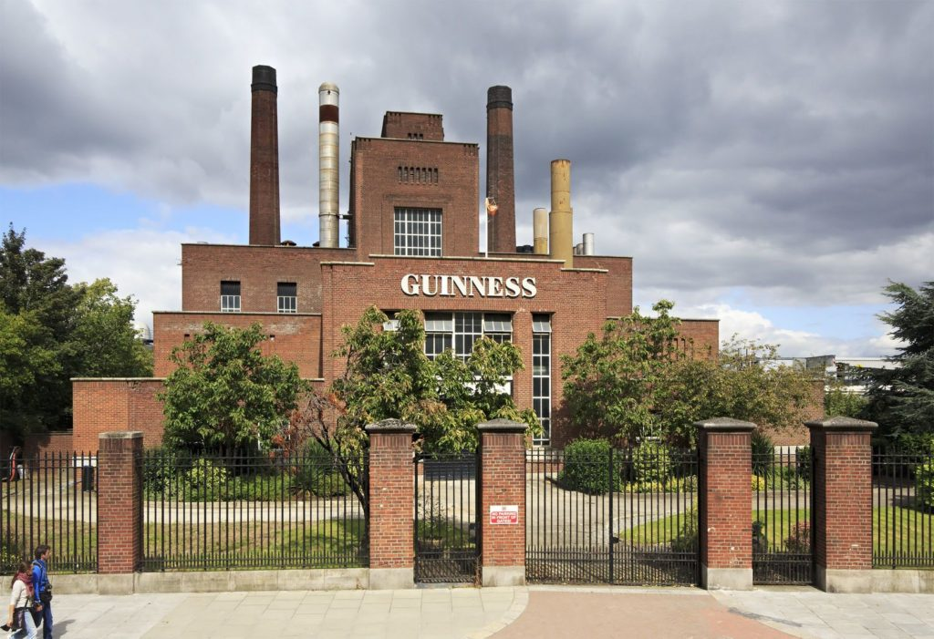 Pivovar Guinness v Dublinu v Irsku | yykkaa/123RF.com