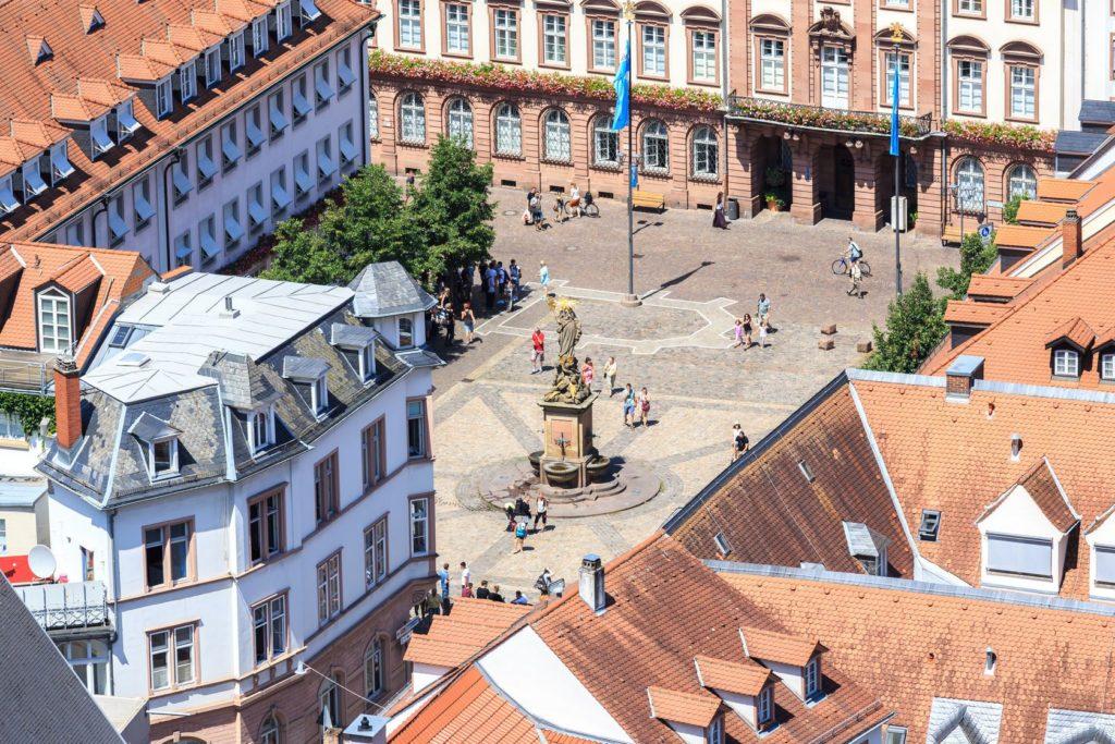 Pohled na náměstí Kornmarkt | pigprox/123RF.com