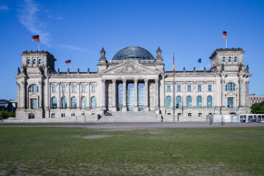Budova Říšského sněmu v Berlíně | rumifaz/123RF.com