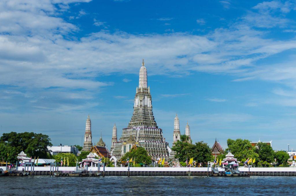 Chrám Wat Arun v Bangkoku | nirut123rf/123RF.com