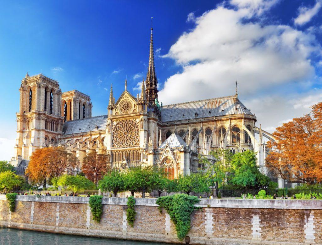 Katedrála Notre-Dame v Paříži | ivantagan/123RF.com