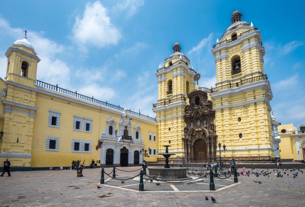 Klášter Convento de San Francisco v Limě   javarman/123RF.com