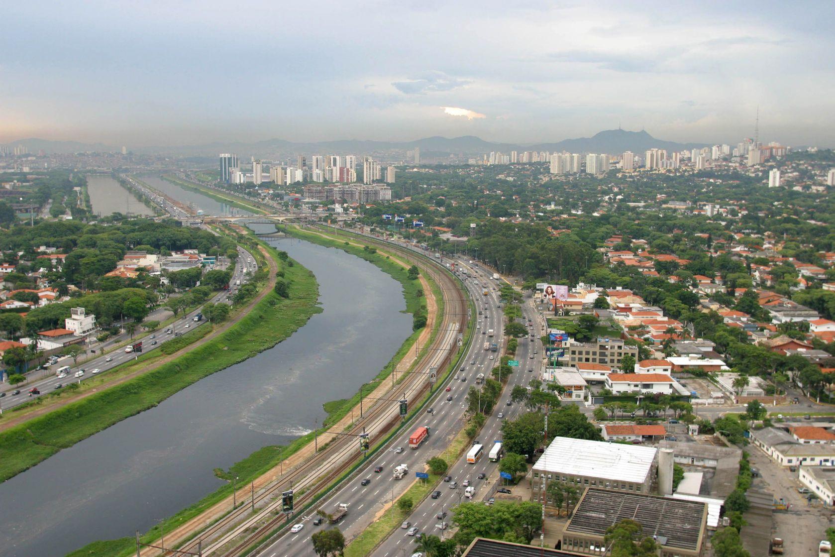Letecký pohled na Sao Paulo | casadaphoto/123RF.com
