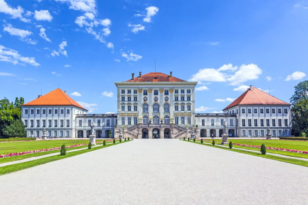 Nymphenburg v Mnichově   meinzahn/123RF.com
