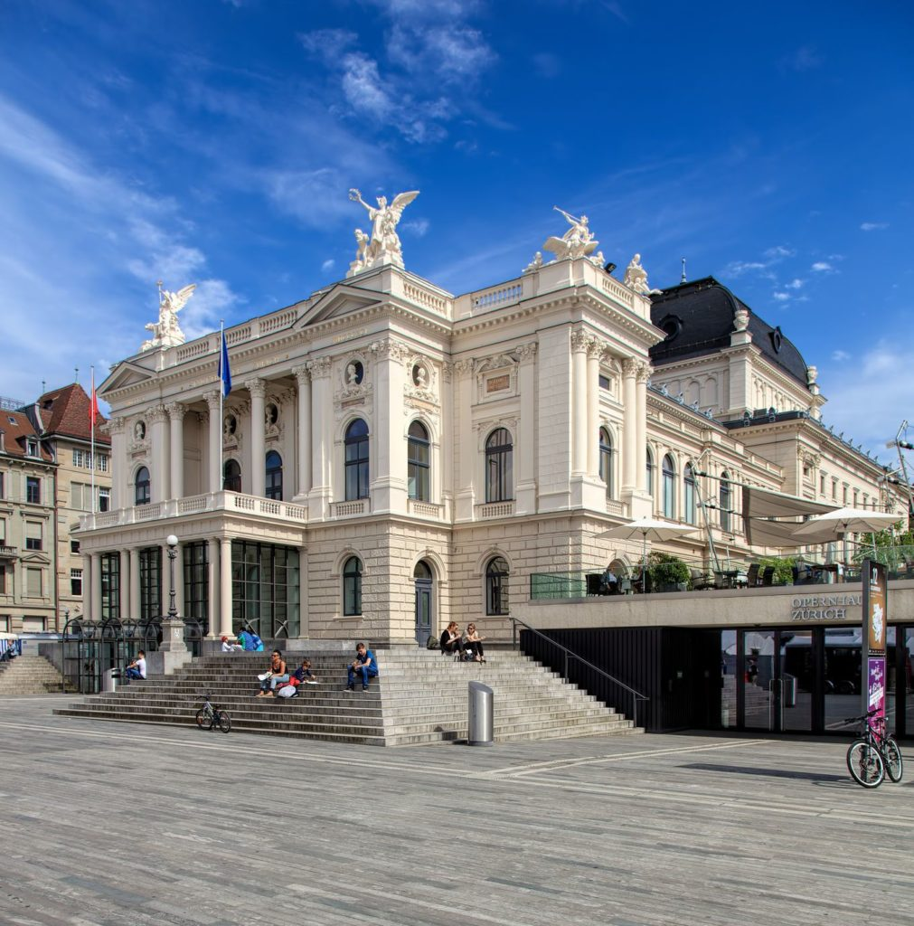 Opera v Curychu | photogearch/123RF.com