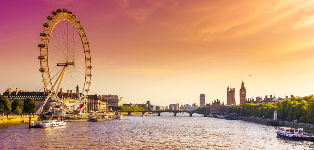 Panorama London Eye | masterwilu/123RF.com