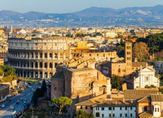 Panorama Říma v Itálii | sborisov/123RF.com
