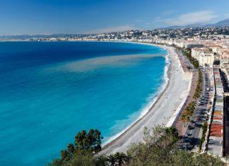 Pobřeží města Nice ve Francii | anshar/123RF.com