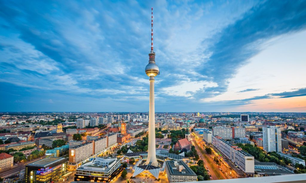 Televizní věž na Alexanderplatz v Berlíně | jakobradlgruber/123RF.com