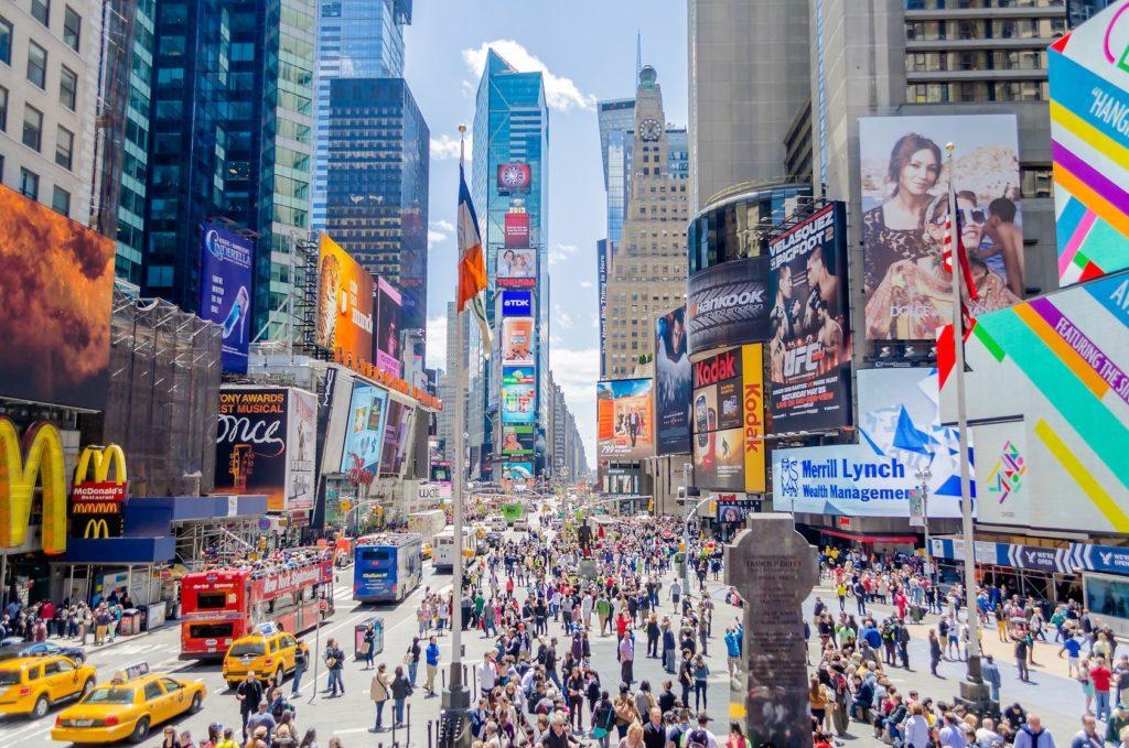 Times Square v New Yorku   bwzenith/123RF.com