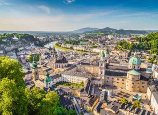 Panorama Salzburgu v Rakousku | jakobradlgruber/123RF.com