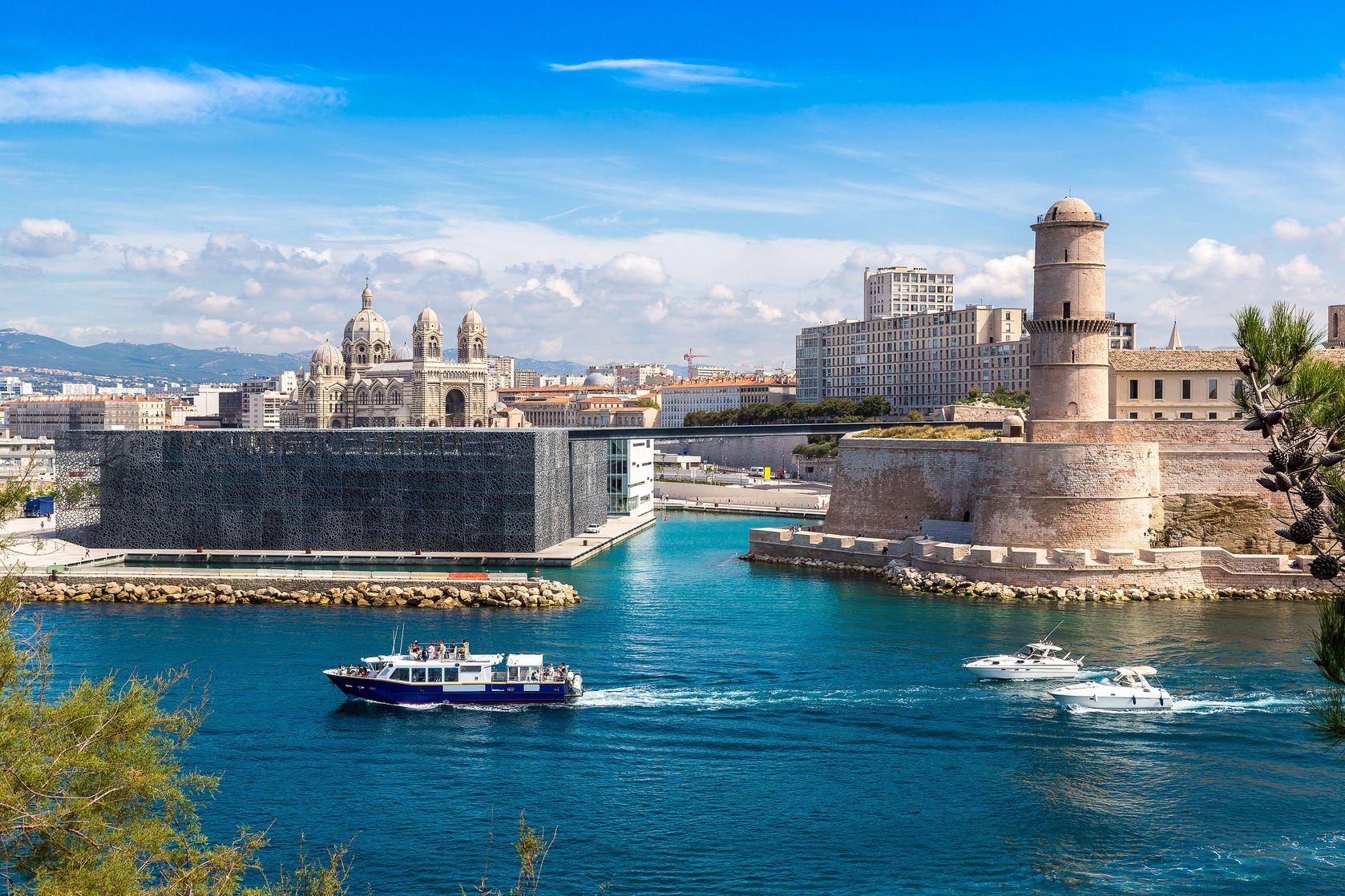 Saint Jean hrad a katedrála de la Major v Marseille | bloodua/123RF.com
