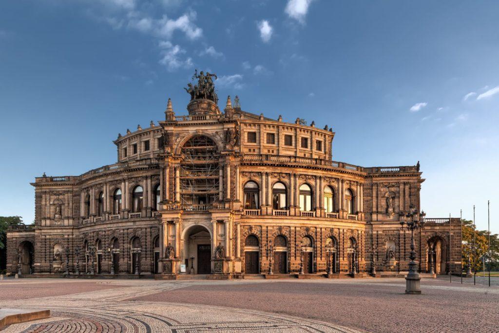 Semperova opera v Drážďanech | mot1963 /123RF.com