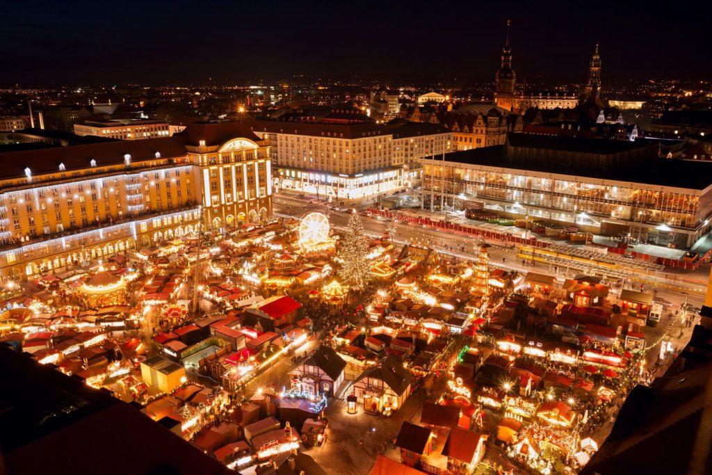 Vánoční trh v Drážďanech | kuningaskotka/123RF.com