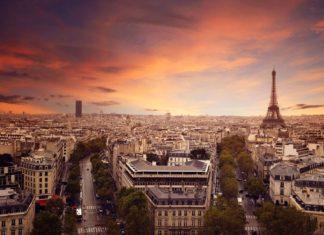 Zbarvená Paříž | lassedesignen/123RF.com