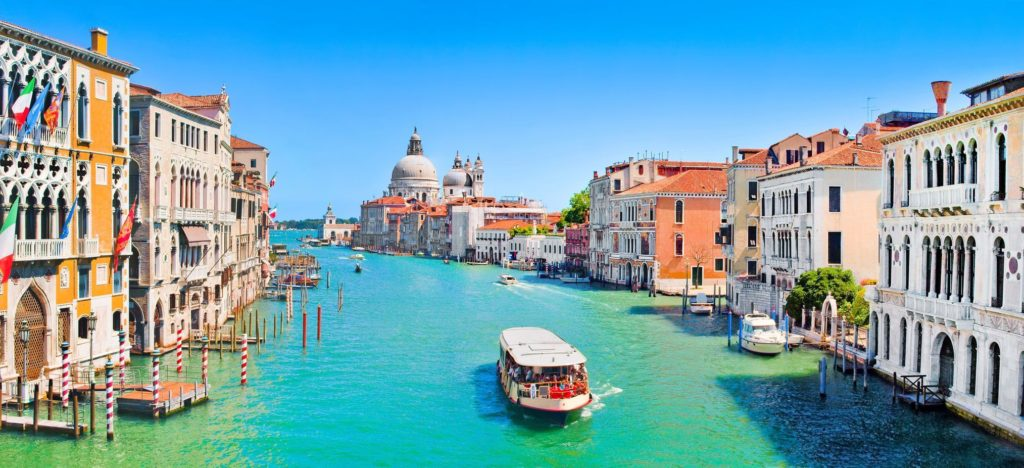 Slavný Canal Grande v Benátkách | jakobradlgruber/123RF.com