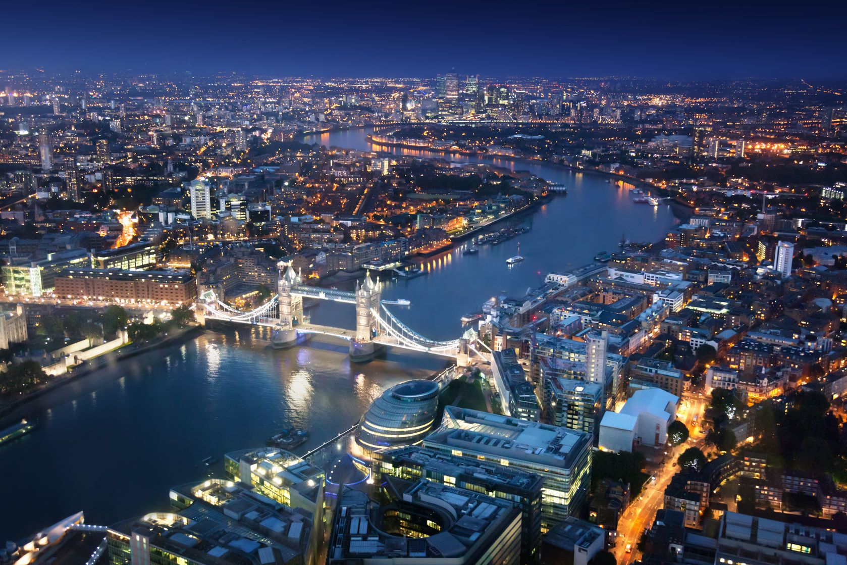Londýn v noci | iakov/123RF.com