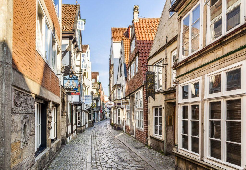 Středověká čtvrť Schnoor v Brémách | meinzahn/123RF.com